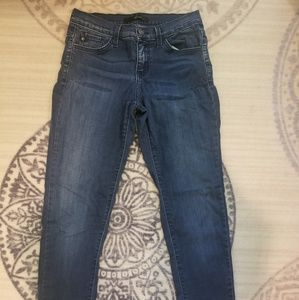 Womans Van Can skinny jeans size 27